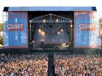 xSzigetFestival.jpg.pagespeed.ic.eIiylTs6j-